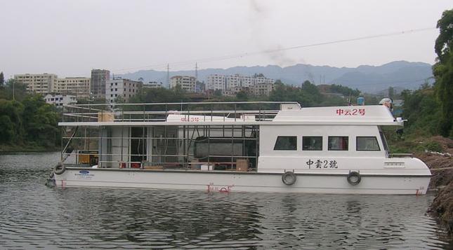 自制油桶船图片